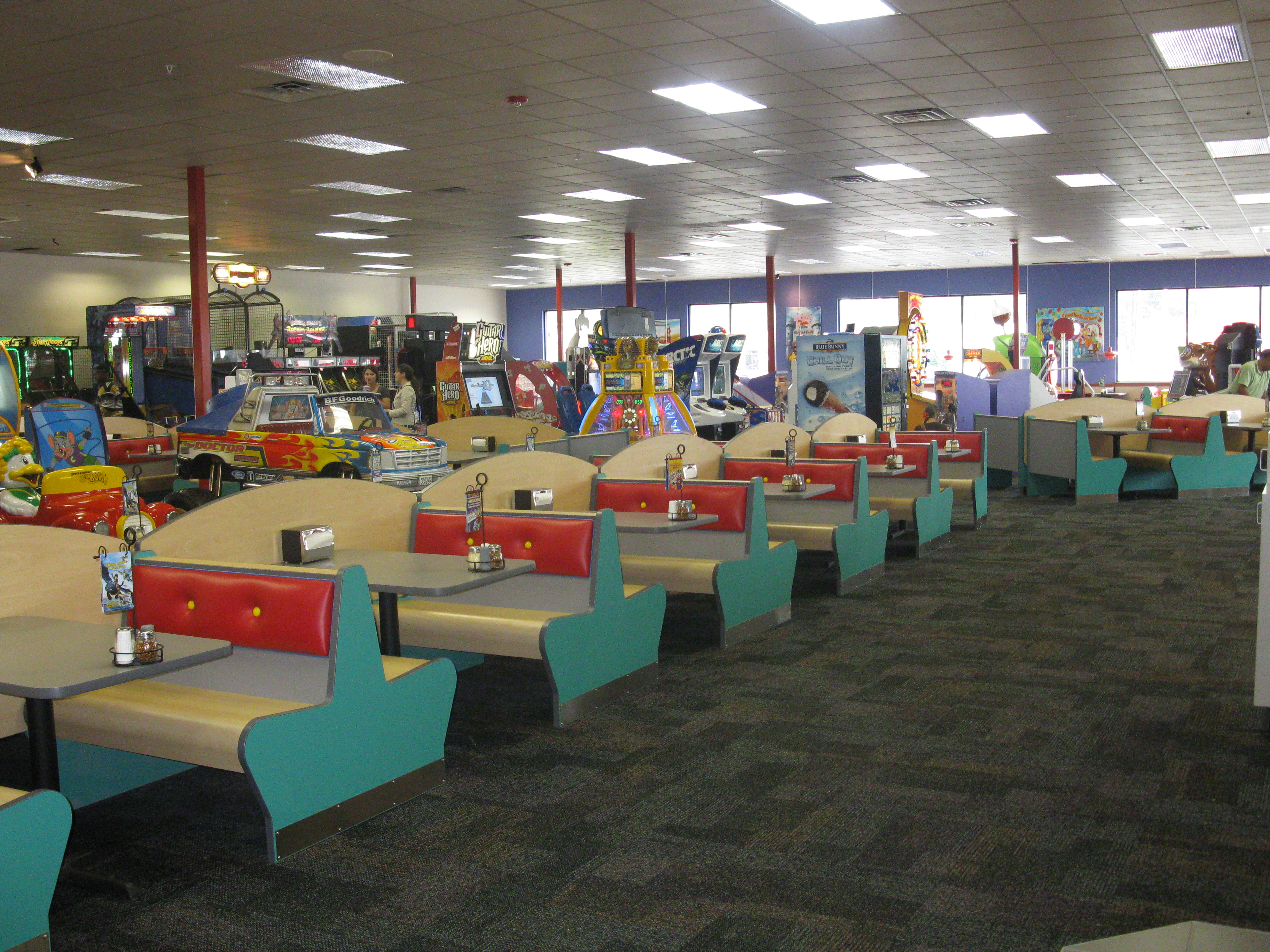 chuck e cheese fayetteville nc